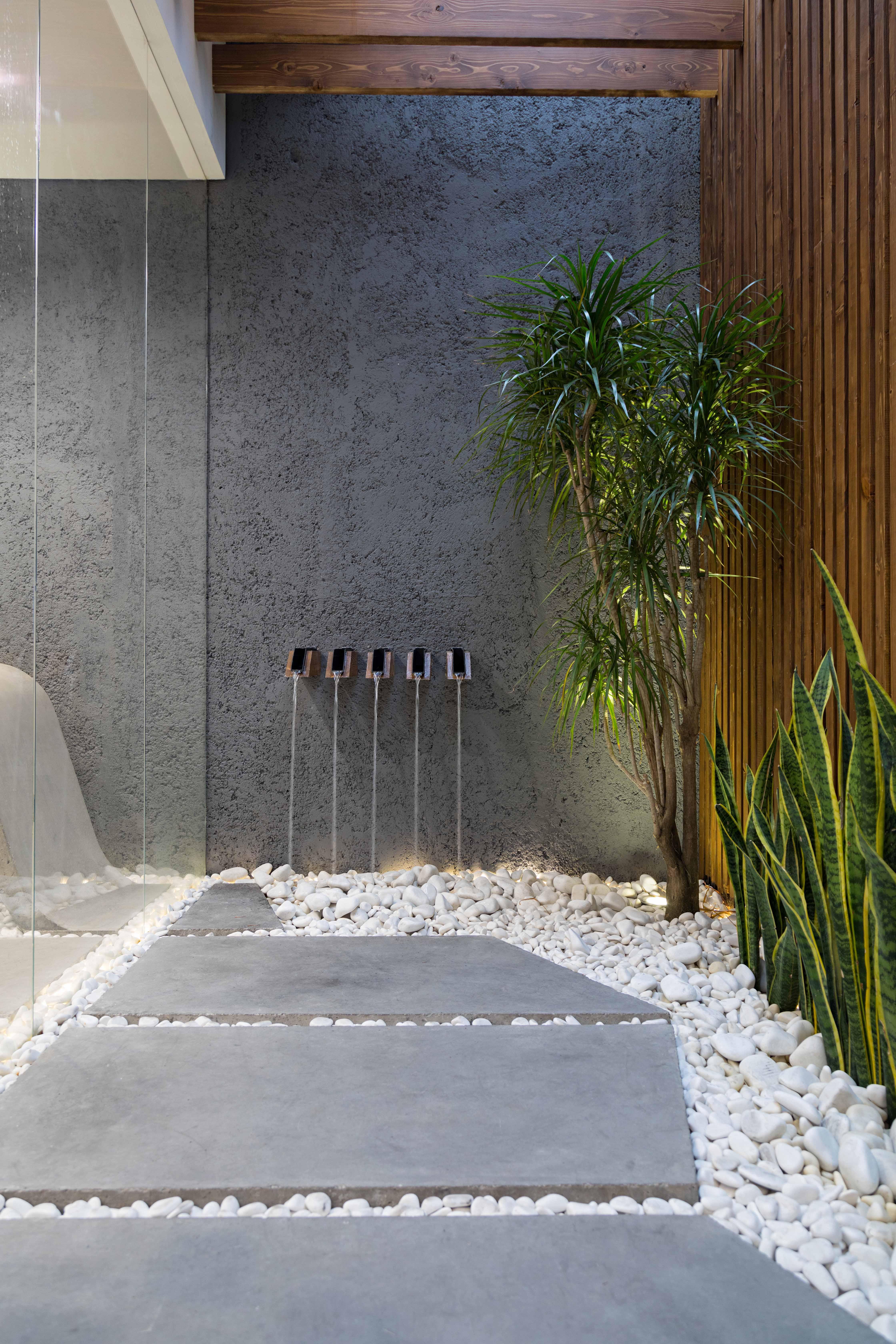 حیات معمار| حیاط معمار